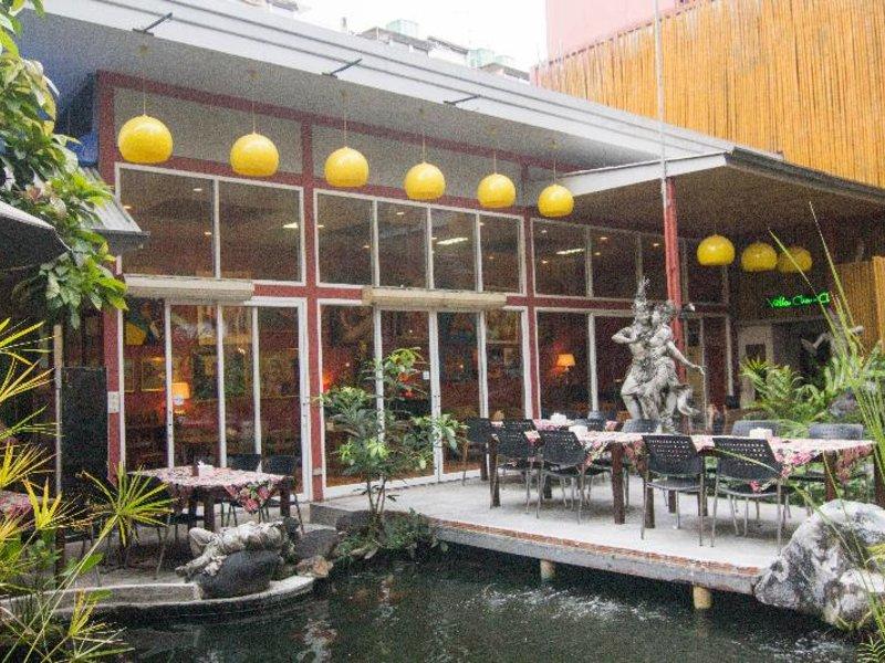Villa Cha Cha Banglumphu Restaurant