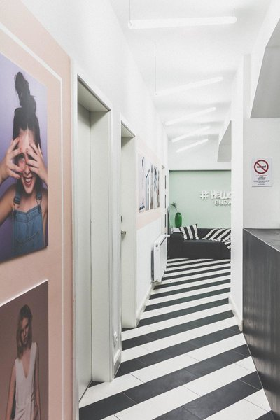 The Magazine Hotel & Apartement Lounge/Empfang