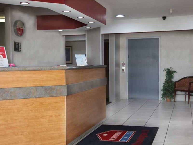 Ramada Limited Bloomington Lounge/Empfang