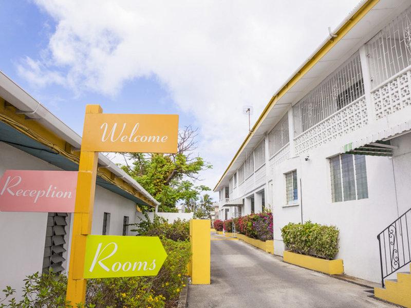 Adulo Apartments Außenaufnahme