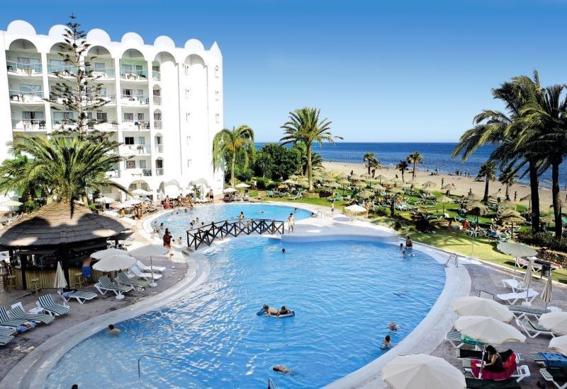 ONA Marinas de Nerja Beach & Spa Pool