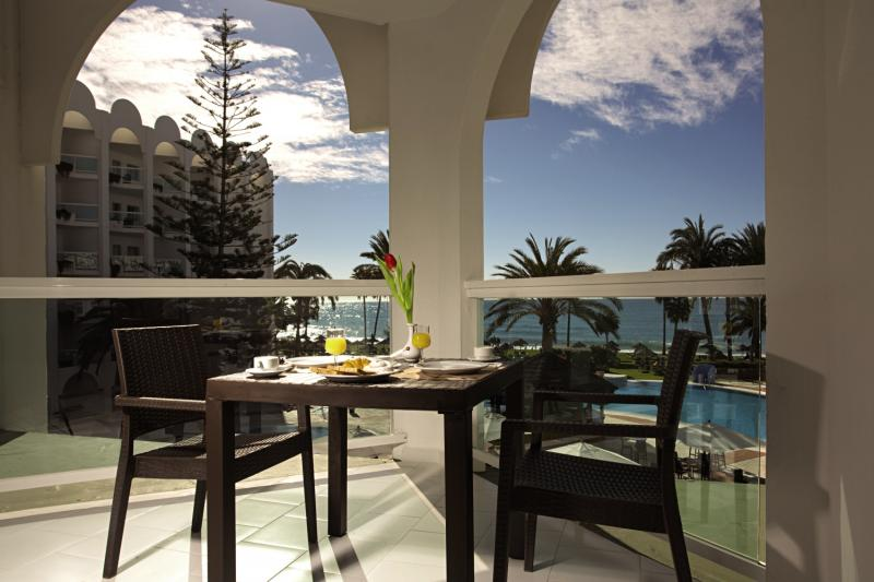 ONA Marinas de Nerja Beach & Spa Terrasse