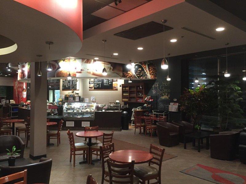 Campus Tower Suite Hotel Restaurant