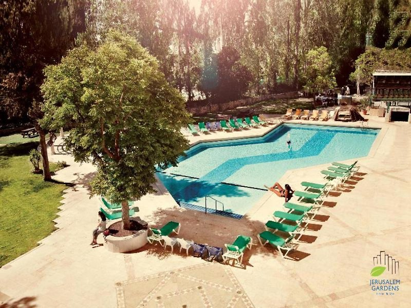 Jerusalem Gardens Pool
