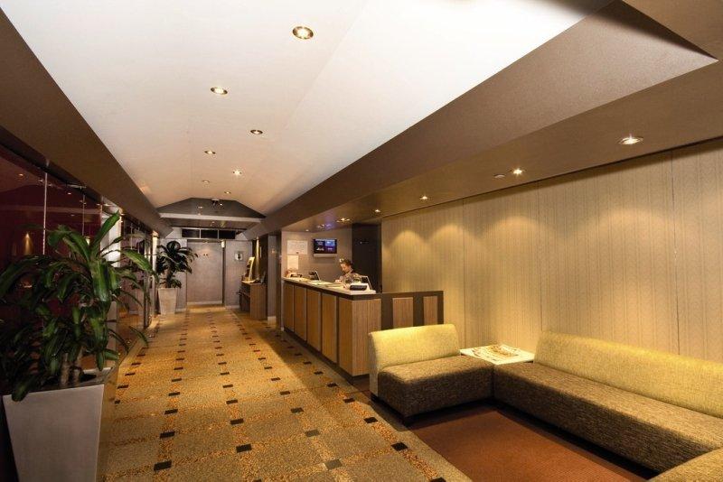 Crossley Lounge/Empfang