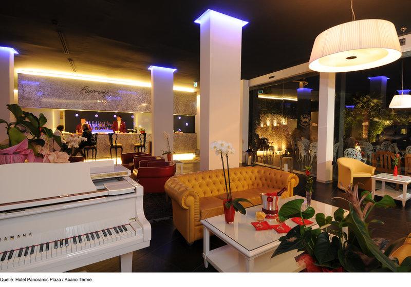 Panoramic Plaza Lounge/Empfang