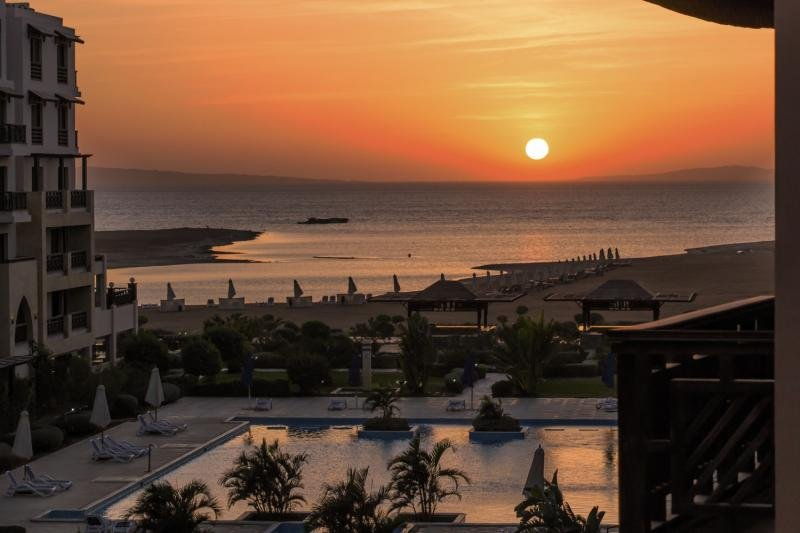 Samra Bay Hotel & Resort Strand