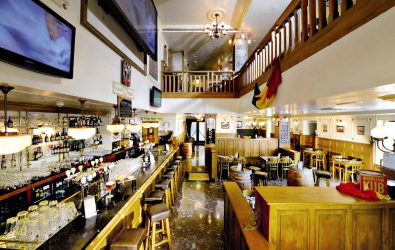 Grand Millennium Dubai Bar