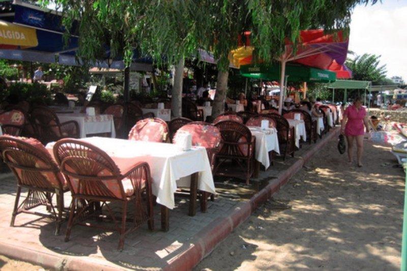 Leda Beach Bar