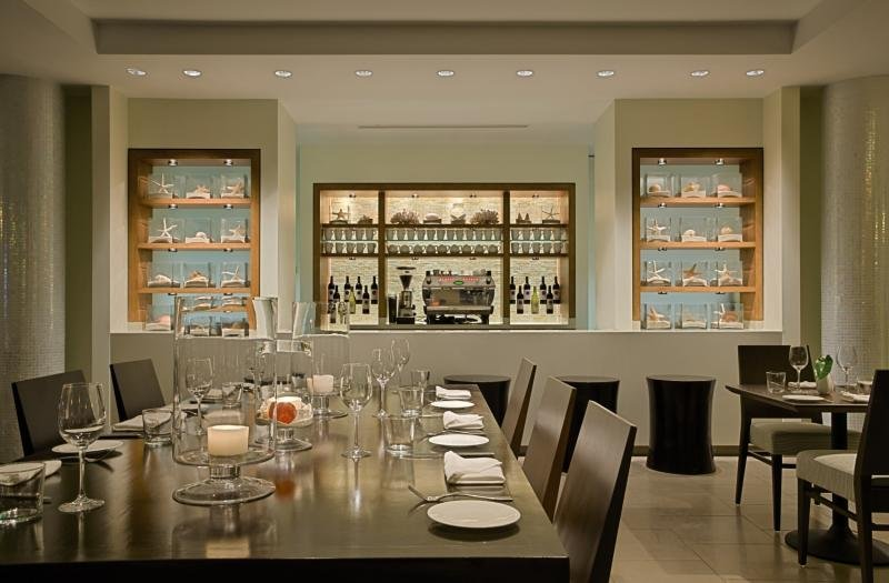 Hyatt Centric Key West Resort & Spa Bar