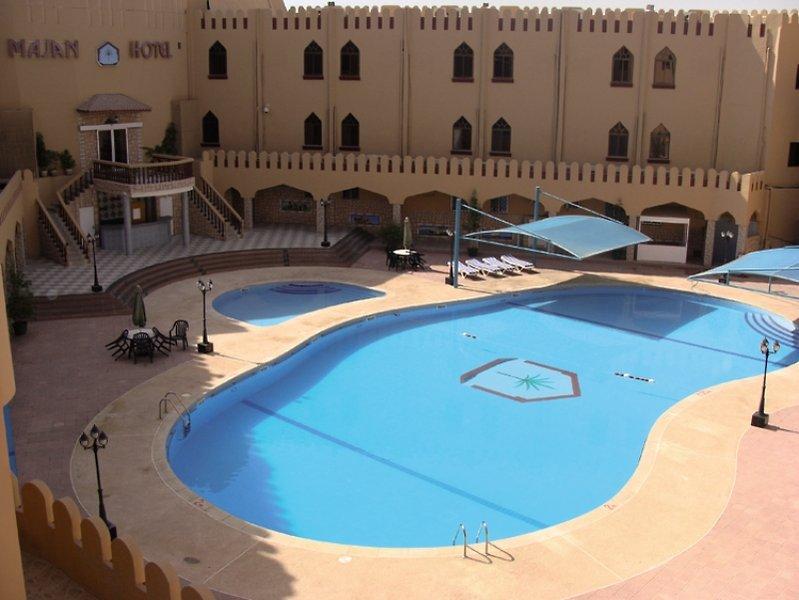 Majan Continental Pool